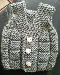 Baby Boy Knitting Baby Knitting Patterns Baby Patterns Knitting Stitches Knitting For Kids Crochet Patterns Baby Vest Baby Cardigan Crochet Baby Baby Boy Knitting Patterns, Baby Hats Knitting, Knitting For Kids, Knitting Stitches, Knitting Designs, Baby Patterns, Knit Patterns, Free Knitting, Crochet Hooded Scarf