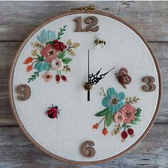 Diy Embroidery Clock, Hand Embroidery Patterns Free, Ribbon Embroidery Tutorial, Embroidery Hoop Crafts, Embroidery Flowers Pattern, Creative Embroidery, Hand Embroidery Stitches, Crewel Embroidery, Embroidery Techniques