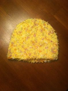 Baby hat. Yellow. Dots. Easter. Photo. Baby. by SmallsCraftStation