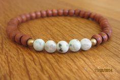 Bracelet with white jasper gemstone beads