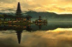 Bali Pura Ulun Danu Bratan Water Temple in Bali, Indonesia
