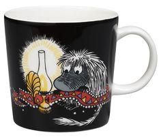 Ancestor Moomin mug from Arabia by Tove Jansson, Tove Slotte Moomin House, Moomin Shop, Moomin Mugs, Porcelain Black, Porcelain Ceramics, Moomin Cartoon, Haku, Marimekko Fabric, Moomin Valley