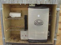 Masterbuilt Electric Smokers, Masterbuilt Smoker, Build Outdoor Kitchen, Outdoor Cooking, Smoker Stand, Outdoor Smoker, Diy Smoker, Bradley Smoker, Smoker Recipes