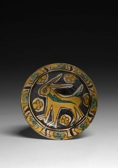 Middle East & Islamic Art including Bourelier Collection - Sale N° 2548 - Lot N° 121 Islamic Decor, Islamic Art, Pottery Bowls, Ceramic Pottery, Medieval, Ancient Near East, Islamic Paintings, Ceramic Animals, Claude