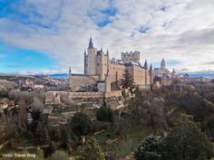 Beautiful Alkazar of Segovia, Spain.  https://victortravelblog.com/2013/05/13/cochinillo-asado-in-segovia/