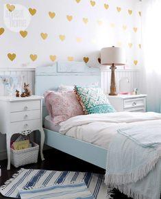 Amazing Tween Girl Bedroom Design: Pink, Navy, Gold and Green ...