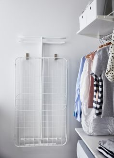 Easy and organised laundry routines - IKEA Ikea Laundry Room, Modern Laundry Rooms, Laundry Room Cabinets, Laundry Closet, Ikea Algot, Laundy Room, Ikea Outdoor, Laundry Solutions, Bathroom Furniture