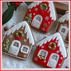 Christmas Tree Cookies, Christmas Gingerbread House, Christmas Cookie Cutters, Christmas Sweets, Noel Christmas, Holiday Cookies, Christmas Baking, Christmas Crafts, Christmas Decorations