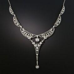 Fine, feminine, edwardian-era lace meets early-art deco geometry in this ex Bijoux Art Deco, Art Deco Jewelry, Fine Jewelry, Art Deco Necklace, Craft Jewelry, Necklace Designs, Jewelry Ideas, Edwardian Jewelry, Antique Jewelry