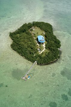 luxurious private island for vacation Melody Key, Florida, USA Beautiful Islands, Beautiful Places, In Dubai, Small Island, Vacation Places, Island Life, Places To See, Florida Usa, Florida Keys