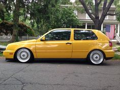 Mk3 -  yellow cars