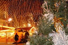 Avignon Christmas Market - Copyright Avignon Tourisme More on @ebdestinations