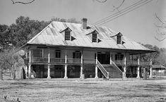 Homeplace Plantation House. Hahnville, St. Charles Parish. Built 1787.