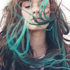 Doing this to my hair tonight for St. Patty's day. Thank you Manic Panic for coloring my hair happy =]
