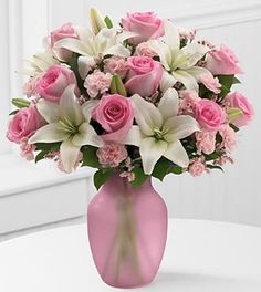 FTD Flowers Sweet Emotions Valentines Bouquet- 17 Stems with Vase $49.99 (save $20.00)