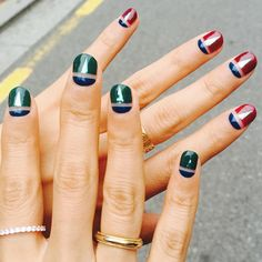 UNIQUE 2015FW  #nails #unistella #유니스텔라 #nailart #manicurist #holographic