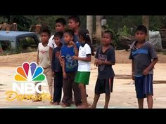 Video Oficial de Telemundo NBC Deportes. Los Niños Triquis han llamado la atención por su forma de jugar al báquetbol y porque son los Campeones Descalzos de...