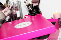 JuliCosmetics: Pink Box November // Unboxing