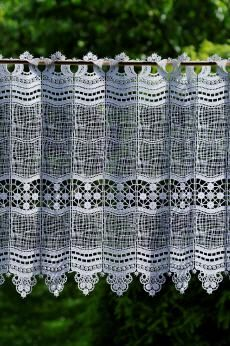 Gardine aus Spitze - Design 69348 - in 5 Höhen plauen lace shop - Modern German Lace - Elke Abate - embroidery and lace Made in Germany - cu...