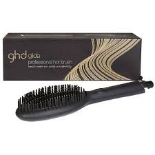 ghd glide - Google Search Sephora, Ghd Curve, Costume Noir, Thick Curly Hair, Rides Front, Second Day Hairstyles, Beauty Packaging, Crazy Hair, Hair A