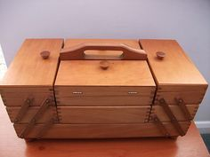 Wooden sewing storage box needed for all my sewing stuff