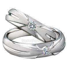 Cincin Kawin Ormasa merupakan Cincin Kawin terbuat dari perak berkualitas terbaik 925. Cincin Kawin simple, unik nan elegan, bermata satu untuk cincin tiap cincin dan dihiasi dengan ornamen pada skitar batu http://dodolperak.com/?p=332