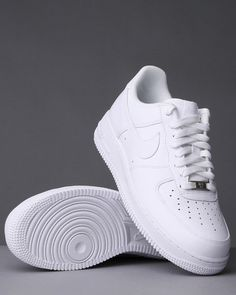 Nike Women Wmns Air Force 1  07 Sneakers - Footwear All White Nike Shoes, 2a31e29d6523
