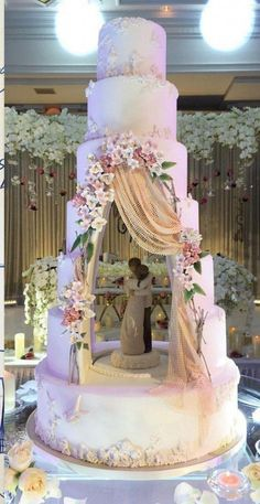 Whimsical unique wedding cake enjoy rushworld boards wedding cake theI Am Blown Away By This Absolutely Stunning Tiered Wedding Cake Design Featuring A Hollowed Out Center Cavity Which Is Used To House A Gum Paste/Fondant Figurine That Has Been Sculp Whimsical Wedding Cakes, Big Wedding Cakes, Luxury Wedding Cake, Elegant Wedding Cakes, Beautiful Wedding Cakes, Wedding Cake Designs, Beautiful Cakes, Unique Weddings, Wedding Ideas