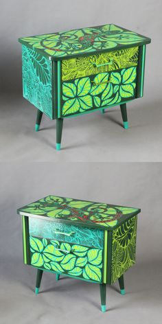 Hand-painted bedside cabinets Gecko