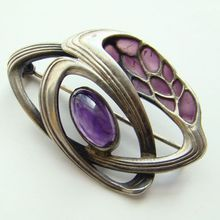 C1900-10 Art Nouveau Brooch 935 Sterling Pforzheim Theodor Fahrner Amethyst and Plique a jour pin