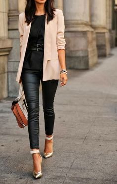 Perfect choice for work. Golden shoes ideally suit this nude jacket, black leggings and elegant blouse.