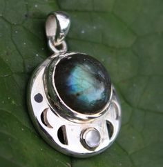 Moon Phase and 9 Point Star Pendant Labradorite Gemstone and Sterling Silver