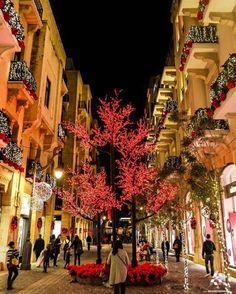 Christmas spirit at #Beirut souks By @sacha_al_aref_photography #WeAreLebanon #Lebanon #WeAreLebanon