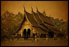 Wat Xieng Thong (Temple of the Golden City)