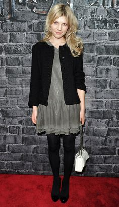 clemence poesy is amazing. i want her entire wardrobe.