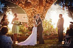 As fairylights garantem uma iluminação delicada e aconchegante, contribuindo com o clima de romance ;)