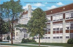 Bloomington Illinois, Multi Story Building, Mansions, House Styles, Home, Manor Houses, Villas, Ad Home, Mansion