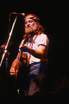 Willie Nelson, Band Photos, Music Photo, Folk Music, Fine Art Prints, Vintage Outfits, Portrait, Concert, Classic