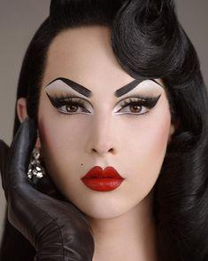 Violet Chachki for Pat McGrath Labs. Photographed by Steven Meisel. Huda Beauty, Beauty Makeup, Makeup Art, Hair Makeup, Eye Makeup, Face Beauty, Drag Queen Make-up, Rupaul Drag Queen, Violet Chachki