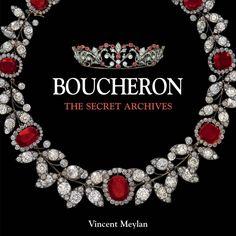 Marcas como a Boucheron surgem no século XIX, quando começa a haver mais dinheiro e mais necessidade das pessoas da época se exibirem.