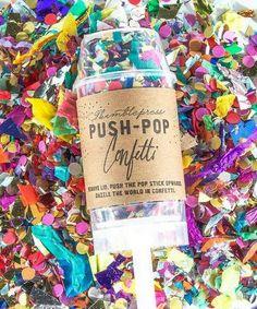 Push-Pop Confetti, Cute Lesbian Wedding Ideas, http://hative.com/cute-lesbian-wedding-ideas/,