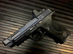 Salient Arms International Smith and Wesson M Pro Tier One with RMR cut/sight