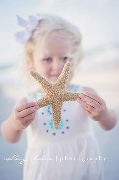 North Carolina Beach Photography, Family Photography. This is cute especially when you can see the 2 objects at once.