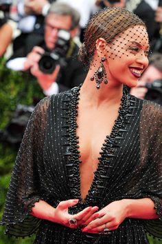 Beyoncé en la Gala MET 2014 con joyas de Lorraine Schwartz
