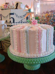 Vintage Cake Love