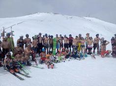 No hay nada mejor que terminar una grandísima temporada de esquí participando en el bikini contest en #aramoncerler  Gracias a todos los que habéis visitado el #valledebenasque  durante este invierno.  A partir de hoy ya queda un día menos para que dé comienzo la nueva temporada de esquí 2016/2017 by valledebenasque