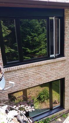 Milgard Tuscany Painted Vinyl Casement Window With Sdl