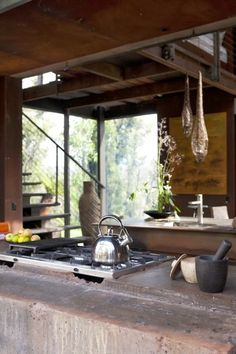 natural modern interiors: Callignee II :: Recycled House From Grand Designs Australia Grand Designs Australia, Natural Modern Interior, Recycled House, Off Grid House, Earth Homes, Timber House, Rustic Interiors, Modern Interiors, Beach Cottages
