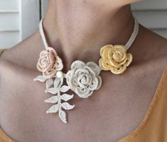 What a beautiful crochet necklace! Made by the talented Anne in Cleveland… Crochet Motifs, Freeform Crochet, Crochet Art, Thread Crochet, Love Crochet, Beautiful Crochet, Irish Crochet, Crochet Crafts, Crochet Flowers