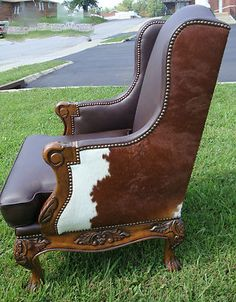 Pretty Axis Deer Hide Chair Deer Or Seal An Otter Pillow